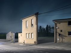 Facades: Unsettling photos of isolated houses at dusk Zacharie Gaudrillot-Roystrips buildings of everything but their front faces. As part of his ongoing series,Facades,Gaudrillot-Roy captures small... http://drwong.live/art/facades-unsettling-photos-of-isolated-houses-at-dusk/