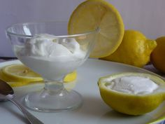 sorbetto al limone senza gelatiera, la ricetta del sorbetto fatto in casa per chi non possiede la gelatiera, buono, ottimo e facile da fare, con albumi