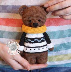 Chart móc gấu giáng sinh Teddy bằng len