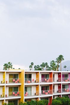"""So many apartment buildings in """"The Valley"""" (San Fernando Valley north of Hollywood) look just like this."""