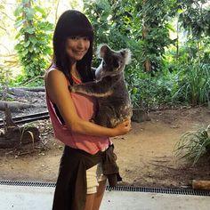 Currumbin Wildlife Sanctuary カンガルーコアラタスマニアデビル 沢山の動物達に会ってきました 久しぶりの動物園は思っていた以上に楽しくて一人興奮しっぱなしでした癒された  #currumbin #カランビン #05102015 #publicholiday #コアラ #koala #hug #オーストラリア #currumbinwildlifesanctuary #動物園 by sakoerina http://ift.tt/1X9mXhV