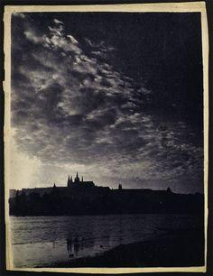 Le Prince Lointain: Josef Sudek (1896-1976), Hradcany, Prague, Soir - ...