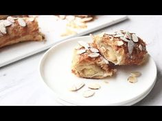 No kneading or proofing required! Banketstaaf is a traditonal Dutch Pastry that's so easy to make and tastes simply amazing! Just come and see the video! Christmas Log, Christmas Desserts, Christmas Cookies, Chocolate Eclair Recipe, Chocolate Eclairs, Almond Pastry, Almond Flour, Puff Pastry Recipes, Lavender Macarons