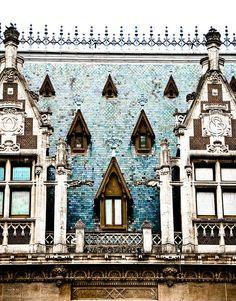 Inspired: ASCP Duck egg blue, Old/pure white, coco fg Windows, Calais France