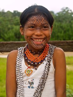 Amazon Cashinahua girl (Peru)