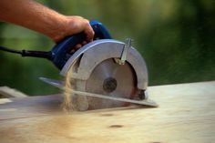 The 7 Power Tools Every Woodworker Needs to Own #woodworkingtips