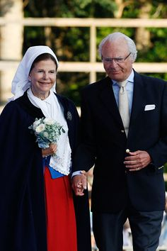 Queen Silvia of Sweden and King Carl XVI Gustaf of Sweden attend a concert to celebrate the birthday of Crown Princess Victoria of Sweden at Borgholm on July 2015 in Oland, Sweden. (Photo by Luca Teuchmann/WireImage)