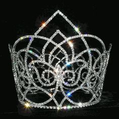 Rhinestone crowns and jewelry. I want all these crowns!!