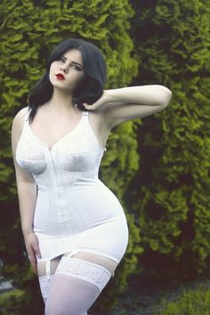 Russian curvy models, plus size beauty