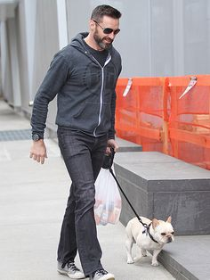 Stars and Their Pets   HUGH JACKMAN   We can't decide who's cuter! The actor finds himself in adorable company during a Sunday walk around N.Y.C. with French bulldog Dali.