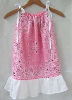 Items similar to Pink Bandana Pillowcase Dress or Top, Pink Banana Dress with ruffle, Birthday Christmas Gift. Size 6 mo to Size 10 on Etsy Sewing Kids Clothes, Sewing For Kids, Baby Sewing, Diy Clothes, Barbie Clothes, Sewing Hacks, Sewing Crafts, Sewing Projects, Clothing Patterns