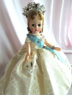 GLORIOUS Madame Alexander Mid 1950's Cissette Queen MIB and Stunning! from gandtiques on Ruby Lane