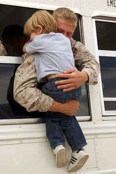 3rd Lar Deploying Out Of Twentynine Palms, Via Flickr- omg!!! So sweet!