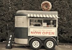 donuts food truck | Donut on top. Cute, attention getting, nostalgic.