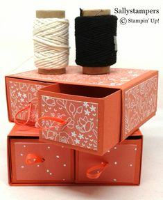 These drawers half two rolls of Stampin' Up! Bakers Twine in each. Independent Stampin' Up! Diy Gift Box, Diy Box, Gift Boxes, Card Boxes, Hannelore Drews, Stampin Up, Gifts For A Baker, Craft Room Storage, Paper Storage