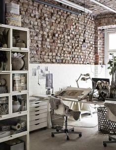 Mur en brique, office original à déco loft