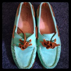 Sperry Top-Sider for Jcrew neon Aqua A/O boatshoes Sperry Topsider + J. Crew collaboration! Neon Aqua canvas Authentic Original 2-eye boatshoes. From the 2012 summer collection. Worn half a dozen times, no stains or fading. Sperry Top-Sider Shoes Flats & Loafers