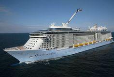 Quantum of the Seas, 2014, 347 meters length, 50 m width, 4,180 - 4,905 passengers, USD 935 million