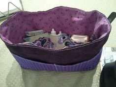 Handbag organiser based om Tutorial by milchstern. Very pleased with the result.