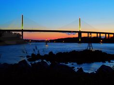Sunset at the Senator William V. Roth, Jr. Bridge in northern Delaware. Photo by Larry Wilder.