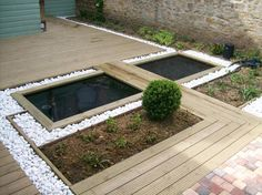 bassin et terrasse bois