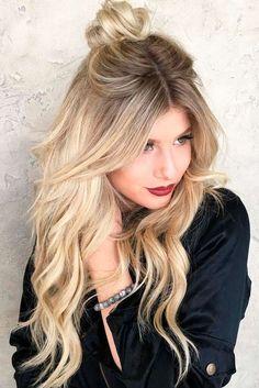 long blonde haircut curls