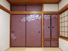 木蓮柄の襖(もくれんがらのふすま)