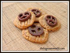 3 ingredient sweet and salty grain free cookies! #grainfree #glutenfree #cookies