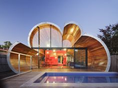 Imaginative Cloud House by McBride Charles Ryans (10)