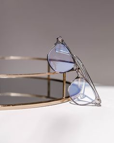 Contemporary and slim in shape, the clear Dakota opticals are a quintessential, must-have this It's simple, lightweight design makes for an effortless classic ensemble. Dakota Blue, Prescription Lenses, Color Trends, Eyewear, Mirrored Sunglasses, Light Blue, Slim, Shape, Contemporary