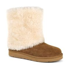 UGG Women's Patten Boot-This short Presidio Collection boot features a luxurious shaft of fluffy