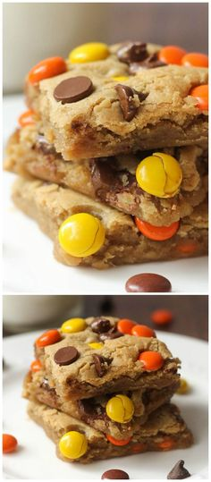 Soft and Chewy Reeses Pieces Blondies recipe on { lilluna.com } A yummy delicious blondie brownie mixed with chocolate chips and reeses pieces!