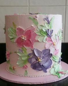 Painting with buttercream cake decorating ideas Bolo Floral, Floral Cake, Floral Flowers, Cake Decorating Techniques, Cake Decorating Tutorials, Cake Piping Techniques, Decorating Ideas, Pretty Cakes, Beautiful Cakes