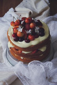Honey-Almond Sponge