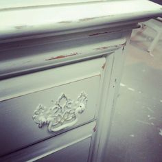 my old golden oak nightstand made over in  old white!