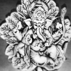 Om Shree Ganeshaya Namah !!! #lord #ganesh #ganapati #God #om #hinduism #hindu #cool #loveit :)
