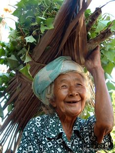everyday chores with a smile- Bali, Indonesia