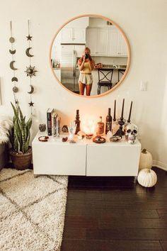 inspiring cozy apartment decor on a budget - Room Decor Room Interior, Interior Design Living Room, Living Room Decor, Fall Bedroom Decor, Crystal Bedroom Decor, Boho Bedroom Diy, Hippy Bedroom, Indie Bedroom, Room Design Bedroom