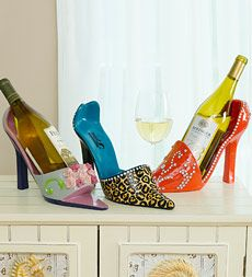 High Heel Wine Bottle Holder <3 for your favorite wine... :-)