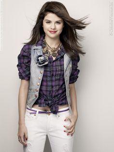 SELENA GOMEZ SEVENTEEN MAG PHOTOS  | Selena Gomez for Seventeen magazine photoshoot by Cliff Watts (2009 ...