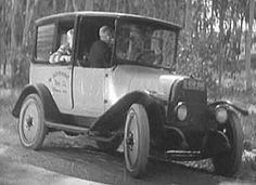 On June 18, 1923, the first Checker cab was released.