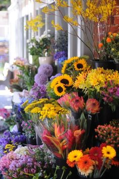 Fresh Flowers, The Antidepressent We All Want!