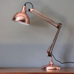 Copper table lamp. #schreibtischlampe #rosegold #design #deko