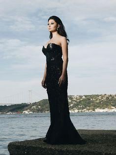 tvoyat moy jivot 5 Strapless Dress Formal, Prom Dresses, Formal Dresses, Diy Fashion, Fashion Dresses, Paul Wesley Vampire Diaries, Celebs, Celebrities, Turkish Actors