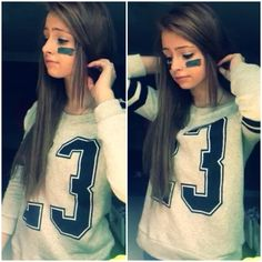 Halloween costume for girls / teens. Football player no. 2 ♥️ cute and hipster