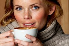 Káva vyčerpáva nadobličkové žľazy a prudko zvyšuje hladinu cukru v krvi