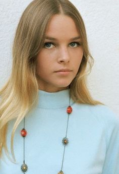 Michelle Phillips ca. 1967 of the Mamas and the Papas. Mother of singer Chynna Phillips and ex-stepmother of actress Mackenzie Phillips.