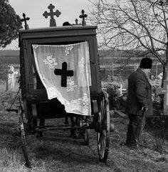 t's funny because it was the funeral of a guy that was half-jewish, half-atheist, half-romanian :)) but he was   buried in the old christian catholic graveyard (today mixed) and the funeral liturgy was christian orthodox.