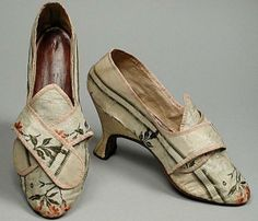 c.1772  Until the end of the 18th century, women's shoes were made  of lovely silk and embroidered fabric