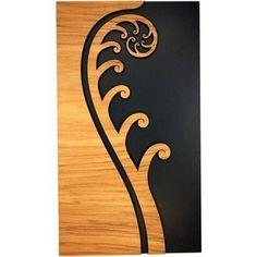 A New Zealand Maori style layered wooden fern frond wall art panel. Maori Designs, Tattoo Designs, Tribal Designs, Elefante Tribal, Maori Patterns, Zealand Tattoo, Polynesian Art, New Zealand Art, Nz Art